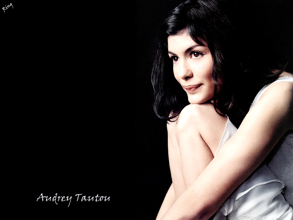 download audrey tautou wallpaper,