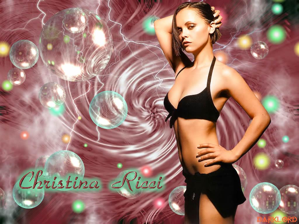 http://www.rexwallpapers.com/images/wallpapers/celebs/christina-ricci/christina_ricci_10.jpg