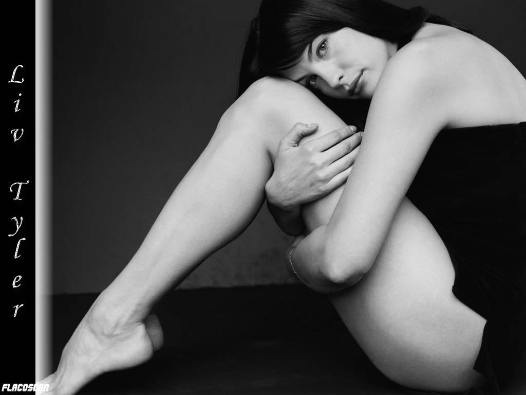 liv-tayler-erotika
