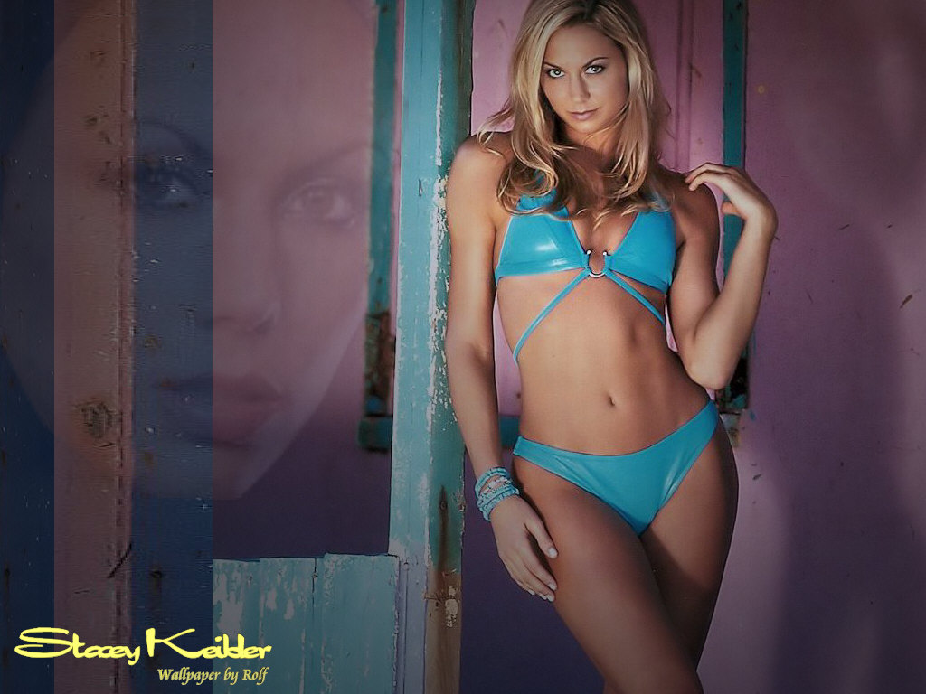 http://www.rexwallpapers.com/images/wallpapers/celebs/stacy-keibler/stacy_keibler_9.jpg