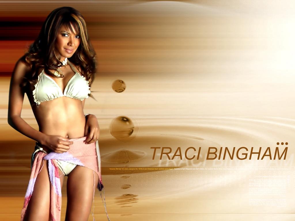 http://www.rexwallpapers.com/images/wallpapers/celebs/traci-bingham/traci_bingham_21.jpg